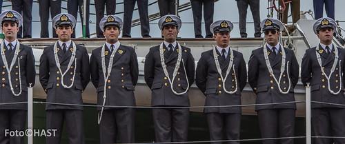 Esmeralda officieren bij aankomst