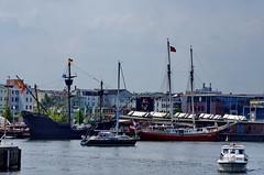 Rostock Allemagne aot 2015 - 107 Stadthafen, Am Strande (paspog) Tags: germany deutschland balticsea hafen allemagne ostsee rostock stadthafen hansestadt merbaltique amstrande port villehansatique