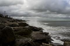 Todas las olas castigan al mar. (Lautaro Marhetti) Tags: sea argentina mar nikon rocks waves nubes 1855mm olas rocas mardelplata piedras nikond3100