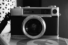Yashica Minister D (jcbkk1956) Tags: 45mmf28 yashinon japanese d3300 nikon manual analog film blackandwhite mono camera rangefinder ministerd yashica