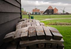 _DML1424 (duncen.mcleod) Tags: windmill ren marken zaanseschans molens paardvanmarken oudehuisjes ren