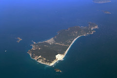 Niijima Island, Japan (Jaws300) Tags: niijima 新島村 island airport rjan niijimaisland niijimaislandairport japan pacific ocean sea water islands beach beaches runway flying scenery from above aloft airborne airbus airplane