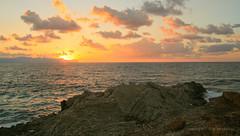 Sep 22: Sea Sunset, Sicily Terrasini (johan.pipet) Tags: flickr sea sicily terrasini sunset sunny rock autumn seascape skyline sky eu europe palo bartos barto canon