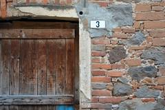 Oristano (mikael_on_flickr) Tags: oristano sardegna sardinien sardinia decay 3 tre drei number numero porta door tr detail particolare mur muro wand wall bricks mattoni