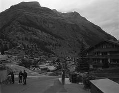 1278 (The Dent.) Tags: nikon f3 kodakhawkeyesurveillancefilm rodinal1100 1 hour zermatt switzerland