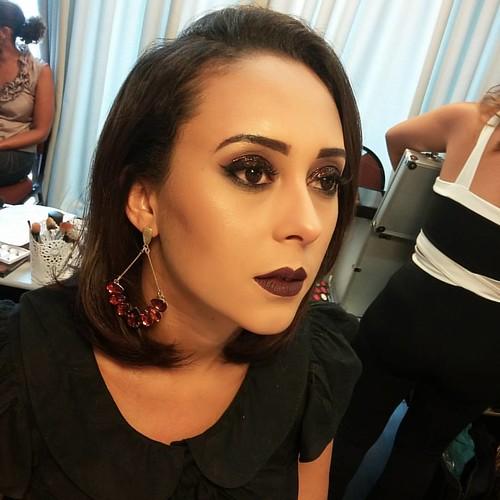 O que era bom fica ainda melhor. Minha modelo no curso top da @ligianeflorencio #makeupartist #makevator #zanphy #dailuspro #makeup #marykaybrasil #marykay #katvond #globo #desafiodabeleza #maquiadordasestrelas #revistacabelos #botaacaranosol #maquiagem #
