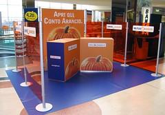 Stand Portatili - Piantane DNA (StudioStands) Tags: espositore espositorepubblicitario stand stands standpubblicitario standpromoter standportatile metallo accessori pannelli