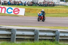 BSB Thruxton 2016 - Pirelli National Superstock 600 (Sacha Alleyne) Tags: thruxton british superbike championship pirelli motorbike motorcycle moto motorsport racing panning