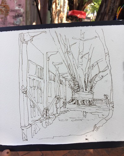 What a beautiful scene. It is a scene in #MahakanFort.  Day 3. #Sketch number 2. Lines with fountain pen filled with #noodlers ink. ##uskbangkok #usktaiwan #usktw #asialinkbkk2016 #asialinkbkk #asialinkbangkok2016 #asialinkbangkok #mahakanfort