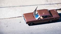 Dos grandes carros... (Centim) Tags: bh belohorizonte minasgerais mg brasil br cidade estado país sudeste capital continentesulamericano américadosul foto fotografia nikon d90 carro automóvel antigo veículo