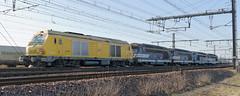 [FR-SNCF] TM SPDC>>>> Nevers BB 75094 + BB 67232 + BB 67250 + BB 67235 + BB 67234 @La Ville aux Dames 03/12/2016 DSC_6876_DxO (yael.flament1) Tags: bb75000 bb75094 bb 75000 75094 alsthom alstom siemens infra sncf bb67200 bb67232 bb67234 bb67235 bb67250 67200 67232 67234 67235 67250 train de machine saintpierredescorps saint pierre des corps nevers la ville aux dames tm acheminement pk229 pk 229