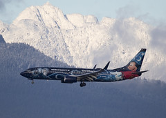 C-GWSZ_737-8CT_WJA_CYVR_4073 (Mike Head - Jetwashphotos) Tags: boeing 737 737800 7378ct wj wja westjetairlines speciallivery livery disneytheme mountains northshore northshoremountains snow cold earlywinter bc britishcolumbia canada westerncanada westernregion