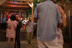 Dancing in Memphis (Filippo Manaresi) Tags: memphis statiuniti tennessee ballo musica notte unitedstates us dancing music night singing blues band couple singer streetphotography