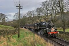 Santa's Helper (4486Merlin) Tags: england europe unitedkingdom transport steam northeast railways westyorkshire gbr oxenhope keighleyworthvalleyrailway santaspecials heritagerailways 75078 exbr brstd4mt460