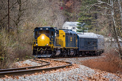 Sun on the Clinchfield (Peyton Gupton) Tags: csx santa train clinchfield sun dante