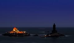 Evening of Kanyakumari !! (Anand Raghavan) Tags: light sea seascape color water statue evening thiruvalluvar vivekanandarrock ragavanands