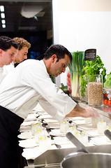 Luca Landi interpreta l'olio (scuolatessieri) Tags: chef tirrenia stellamichelin privilegio olioextravergine showcooking lunasia lucalandi primoevento scuolatessieri