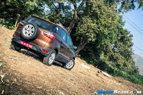 2016-Ford-EcoSport-05