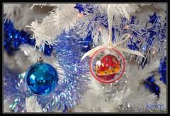 Joyeuses ftes de Nol et de fin d'anne  2015  tous (karo2202) Tags: nol boules sapin dcorations ftes guirlandes