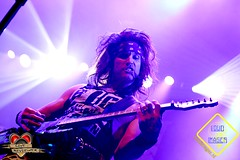 "013_2016-10-13_21-24-19-0776_SteelPanther • <a style=""font-size:0.8em;"" href=""http://www.flickr.com/photos/62101939@N08/29729408773/"" target=""_blank"">View on Flickr</a>"