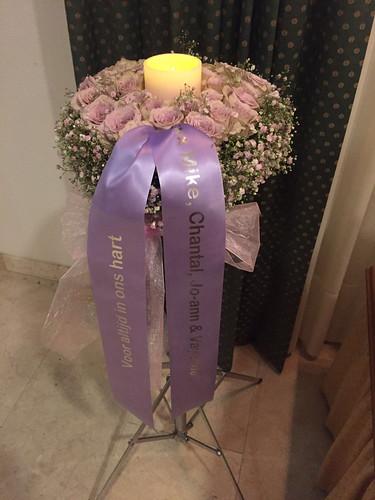 45mm lila rouwlint met zilver glimmend bedrukt