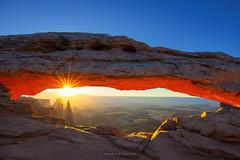 Mesa Arch Sunrise (Ding Ying Xu) Tags: mesaarch canyonlands sunrise rockformations utah