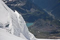 Estate e inverno - Summer and winter (dafnemunaretto) Tags: twop ghiacciaio glacier monterosa lys lagogabiet seracchi picozza ramponi mountain alps montagne alpi 4000m alpinismo alpinism climbing