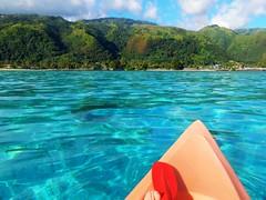 Kayaking in lagoon of Tahiti - French Polynesia (pacoalfonso) Tags: pacoalfonsocom sea kayak lagoon tahiti there travel french polynesia paradise island pacific society islands
