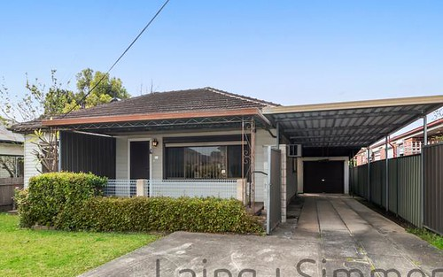 92 Cambridge St, Canley Heights NSW 2166