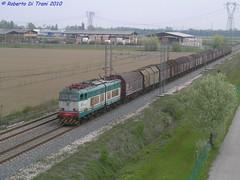 E655 171 trasporto Coils (Di Trani Roberto) Tags: e655 171 con un convoglio trasporto coils per gli stabilimenti marcegaglia del mantovano da poco ha lasciato ravenna san michele ra cargo trenitalia fs