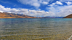 Lake Tso Moriri !! (Lopamudra !) Tags: lopamudra lopamudrabarman lopa tso tsomoriri moriri mountain ladakh jk india landscape water waterscape lake loch landscapes mountains himalaya highaltitude himalayas highaltitudelake highland hill hills pebbles stone sky skyscape clouds cloud colour color colours cold picturesque picture beauty nature peace