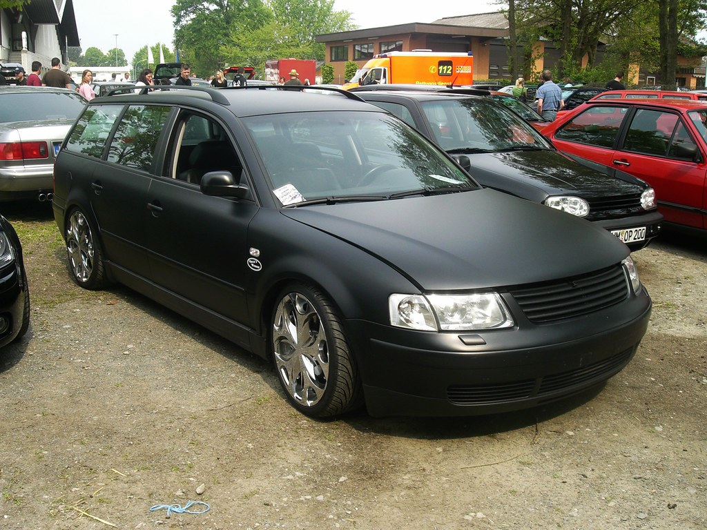 VW Passat Variant (911gt2rs) Tags: Treffen Meeting Show Event Tuning Tief  Low Stance