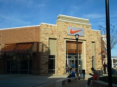 Nike Factory Store (l_dawg2000) Tags: 2015 airwaysblvd apparel blues bluestrail churchrd cookies discountstores factorystore grandopening i55 mississippi ms outdoormall outletmall regionalmall retail semienclosed shoes shopping southaven stores tangeroutlets toys unitedstates usa