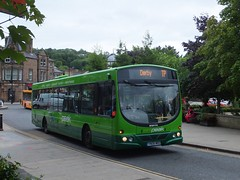 High Peak 748 Matlock (Guy Arab UF) Tags: bus buses solar coach high derbyshire group peak wright services matlock thetford scania 748 transpeak centrebus k230ub wellglade yn08mro