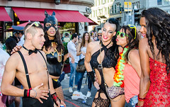 Street Parade 2015 Zrich -- DSC_8332.jpg (Werner_B) Tags: street party fun schweiz switzerland costume big nice pretty awesome zurich parade event streetparade techno lovely zrich fest mega 2015 kostm verkleidung streetparade2015 wernerbuchel