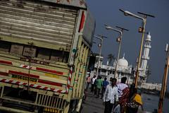 Goods Carrier (MPBecker) Tags: sea india saint truck canon bay is minaret muslim islam tomb mosque ali bombay delivery maharashtra usm arabian mumbai haji sufi bharat causeway dargah f4l worshippers 24105mm 60d