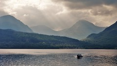 Loch Lomond & the Arrochar Alps (brightondj - getting the most from a cheap compact) Tags: scotland trossachs lochlomond loch water mountains arrocharalps boat speedboat wave clouds