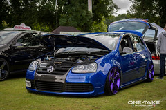 Vw Golf MK5 R32 (One-Take Photography) Tags: carshowmodifedwestside westside slammed lowered v6 r32 vw golf mk5 blue purple automotive photography clean stance