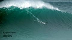 SEBASTIAN STEUDTNER / 57840N0 (Rafael Gonzlez de Riancho (Lunada) / Rafa Rianch) Tags: nazar olas waves ondas water surf surfing portugal mar sea deportes sports vagues nazare      leonardomaia
