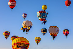 Balloon Fiesta 2016 | Sun Strikes | Morning Ascension, 06:38AM (Facundity) Tags: aibf albuquerqueinternationalballoonfiesta balloonfiestapark balloonfiesta2016 albuquerque newmexico hotairballoons morningascension whimsy colorful specialshapesrodeo specialshapes outdoorphotography outdoors ef70200mmf4lisusm canon5dmkiv