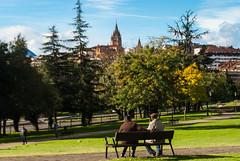 Maana de domingo III (Oscar F. Hevia) Tags: domingo parque sol otoo sunday park sun autumn santullano sanjuliandelosprados asturias asturies espaa oviedo principadodeasturias spain uvieo uviu santuyano otoo espaa uviu