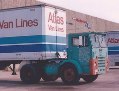 "White ""Compact"" Atlas V-L (PAcarhauler) Tags: white coe cabover semi tractor truck"
