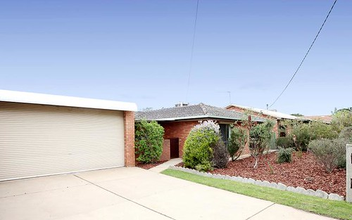 27 Telopea Crescent, Lake Albert NSW 2650