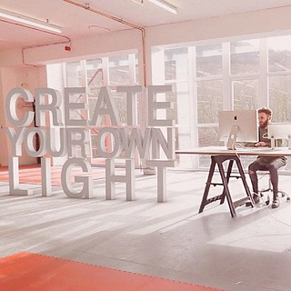 Just finished FACTORYLUX's advert #light #animation #advertising #squareelephant #typography   http://www.squareelephant.co.uk/portfolio/factorylux-video/