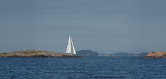 Sailing in September (Wanha-Erkki, Old Eric, Gammal Erik, Старая) Tags: sailing sailingboat saaristo suomenlahti finskaviken saaristomeri merimaisema