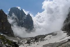 Widok z przełęczy Ball  w kierunku schroniska Pradidali