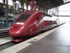 Thalys at Gare du Nord, Paris (EdWalton) Tags: pbka thalyspbka 4304 thalys paris garedunord sncf