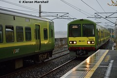 8608 arrives at Booterstown, 26/10/15 (hurricanemk1c) Tags: dublin irish train rail railway trains railways dart irishrail 2015 booterstown iarnród 8608 éireann iarnródéireann class8500 tokyucarcorp 1520braypearse