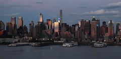 Sunset on west Manhattan_4763 (ixus960) Tags: nyc newyork america usa manhattan city mégapole amérique amériquedunord ville architecture buildings nowyorc bigapple