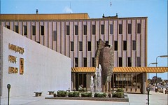 Gold Trimmed Public Library, Minneapolis, Minnesota (SwellMap) Tags: postcard vintage retro pc chrome 50s 60s sixties fifties roadside midcentury populuxe atomicage nostalgia americana advertising coldwar suburbia consumer babyboomer kitsch spaceage design style googie architecture